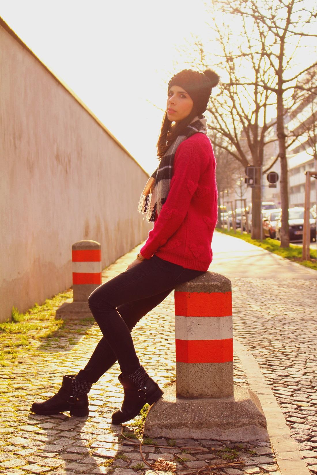 2.Donna-Karan-boots
