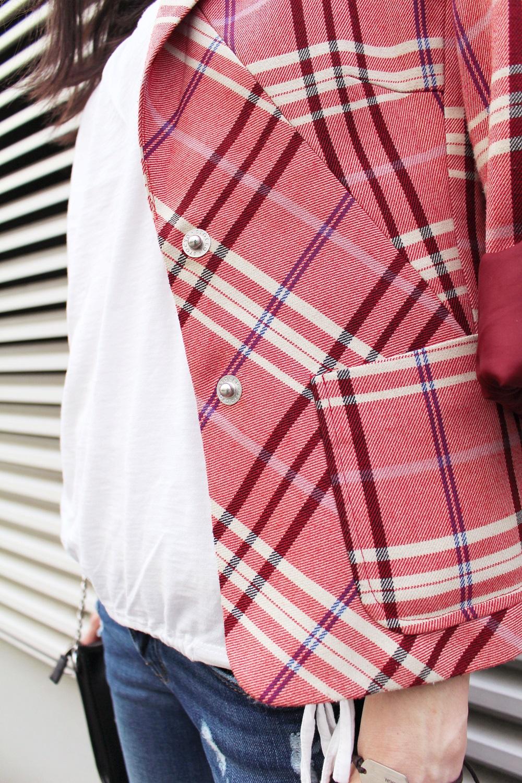 white shirt blazer ripped jeans