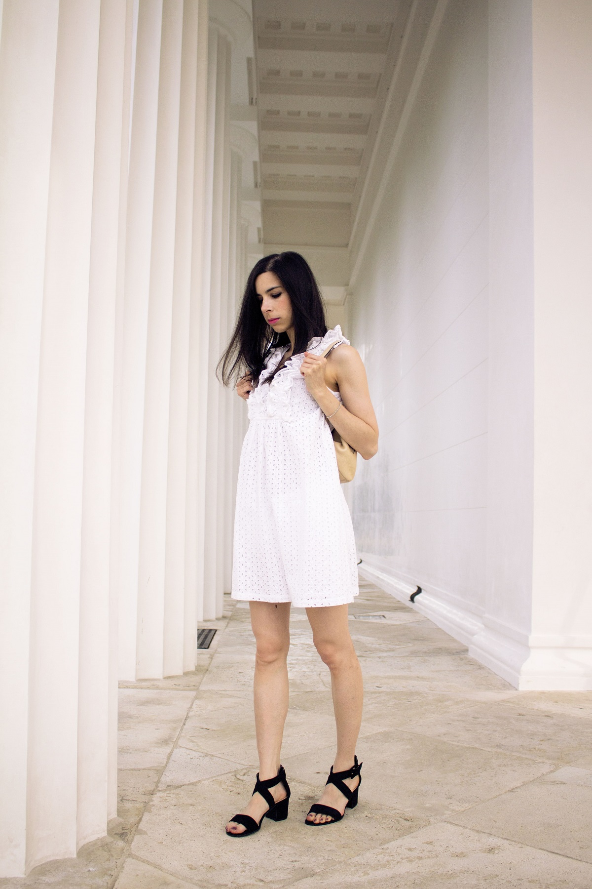 Eyelet-ruffles-white-dress-black-sandals